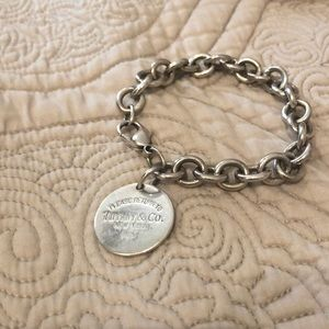 Return to Tiffany 925 tag bracelet